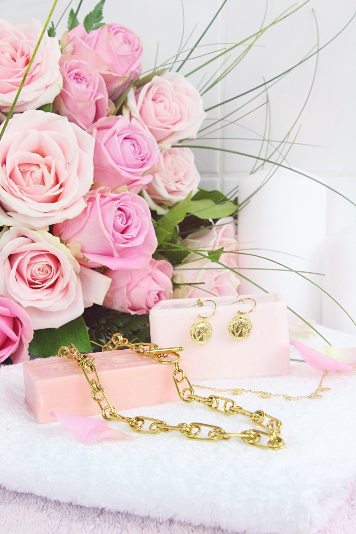 bijoux Hazanellie doré et roses