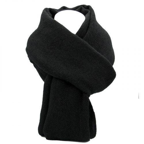 écharpe noire en laine